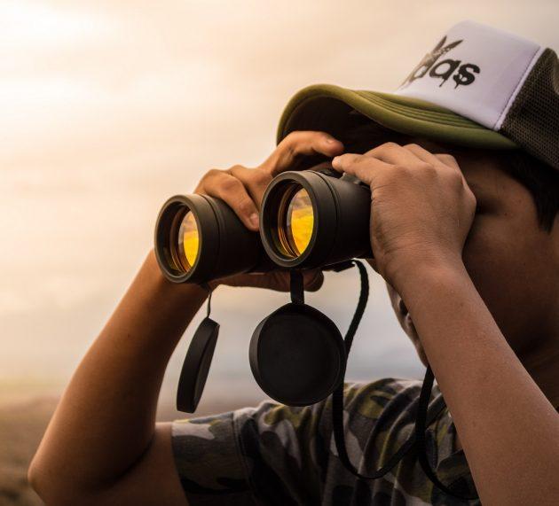 Ervaren avonturier: Verrekijker kopen? Top 4 beste verrekijkers 2021 besproken