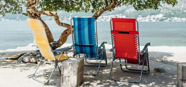 Heerlijk zitten op de beste strandstoel 2021 – Top 5 beste strandstoelen